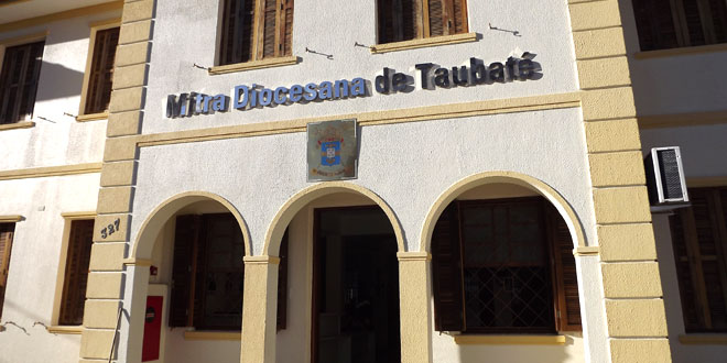 mitra-diocesana-taubate-fachada