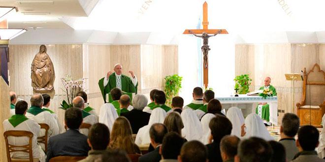 papa-francisco-missa-santa-marta-geral